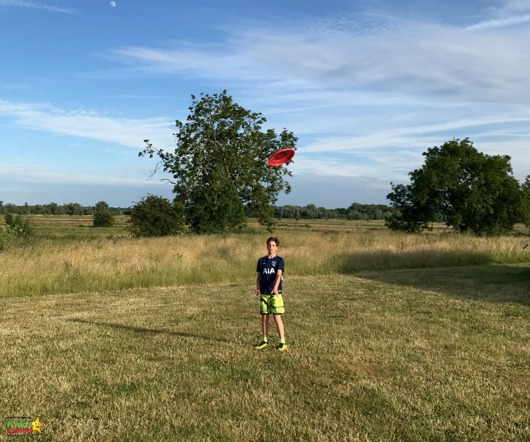 Frisbee - just one of the amazing things to do at Featherdown; check out our review! #glamping #kids #uktravel