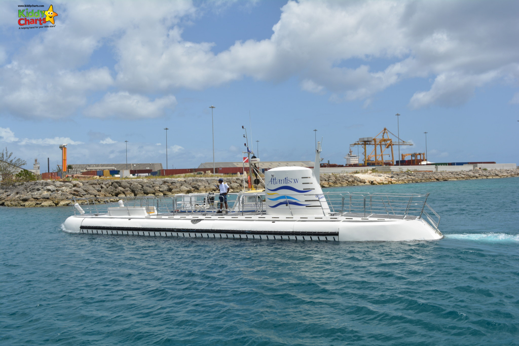 Going to Barbados with kids - check out the Atlantis Submarine! Visit our site for more great ideas too #barbados #kids