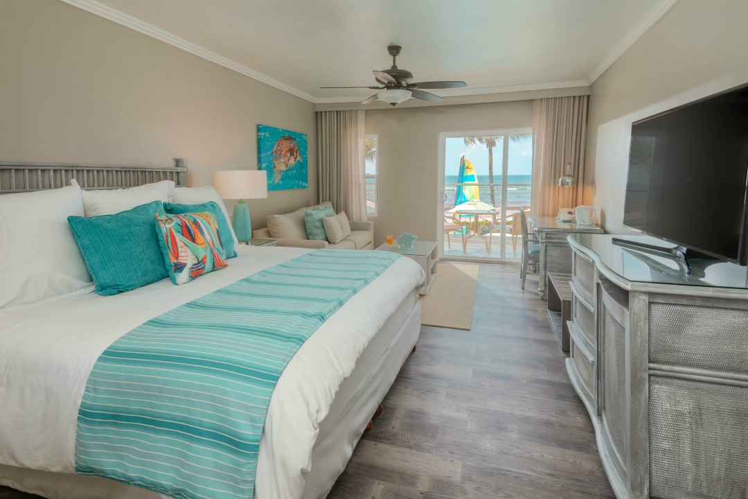 Gorgeous room sin the Sea Breeze Beach House Review that we did recently; we got an upgrade, and had a gorgeous suite perfect for families with kids. #caribbean #barbados