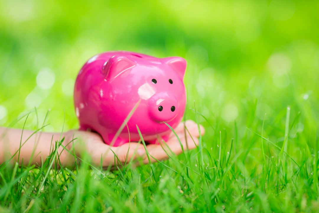 How to raise a saver not a spender with these five tips #kids #pocketmoney #saving