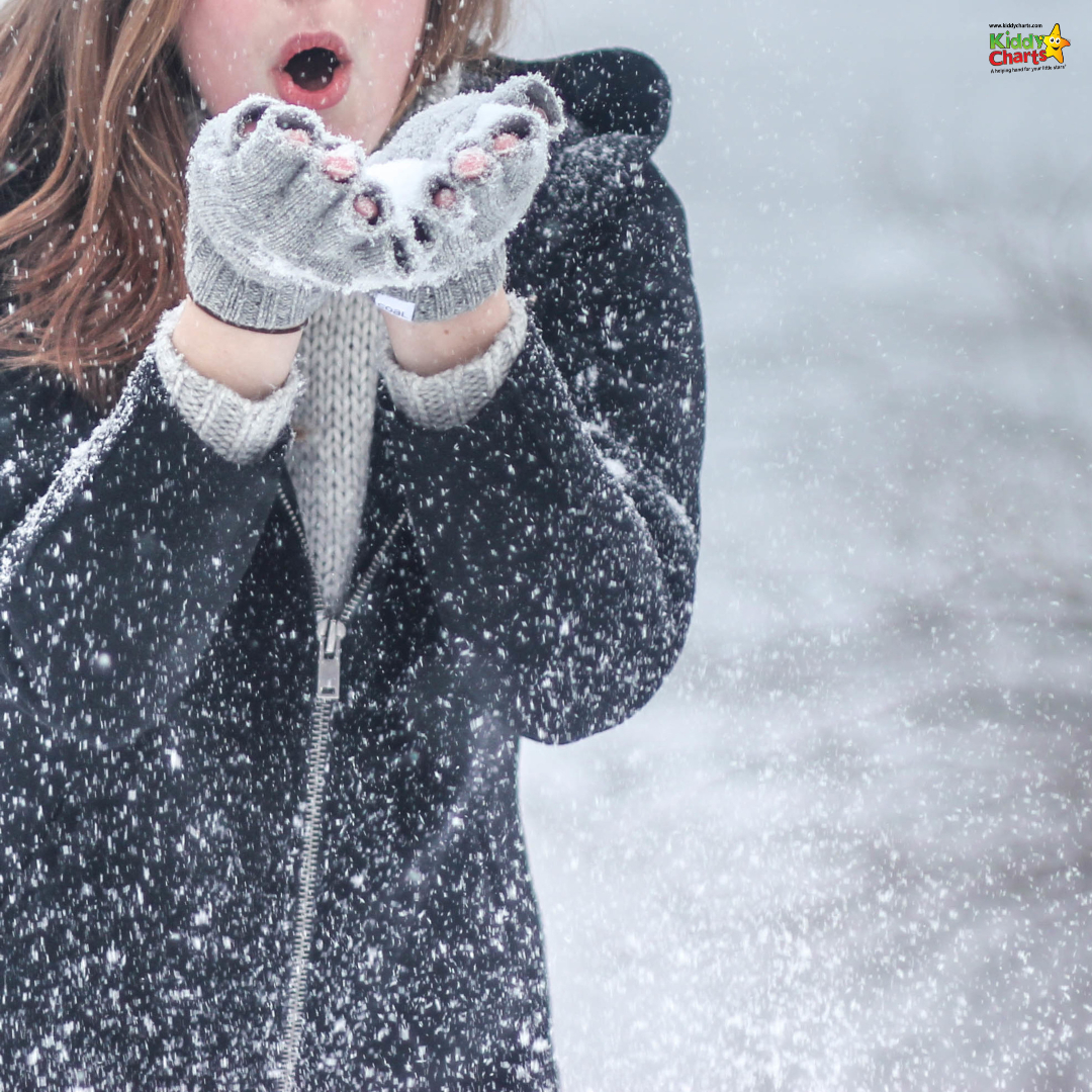 If you are looking for advice on how to dress your kids in layers for winter, then you have come to the RIGHT place! We've got all the advice you need here #winter #laters #kidsclothes #kids #clothes