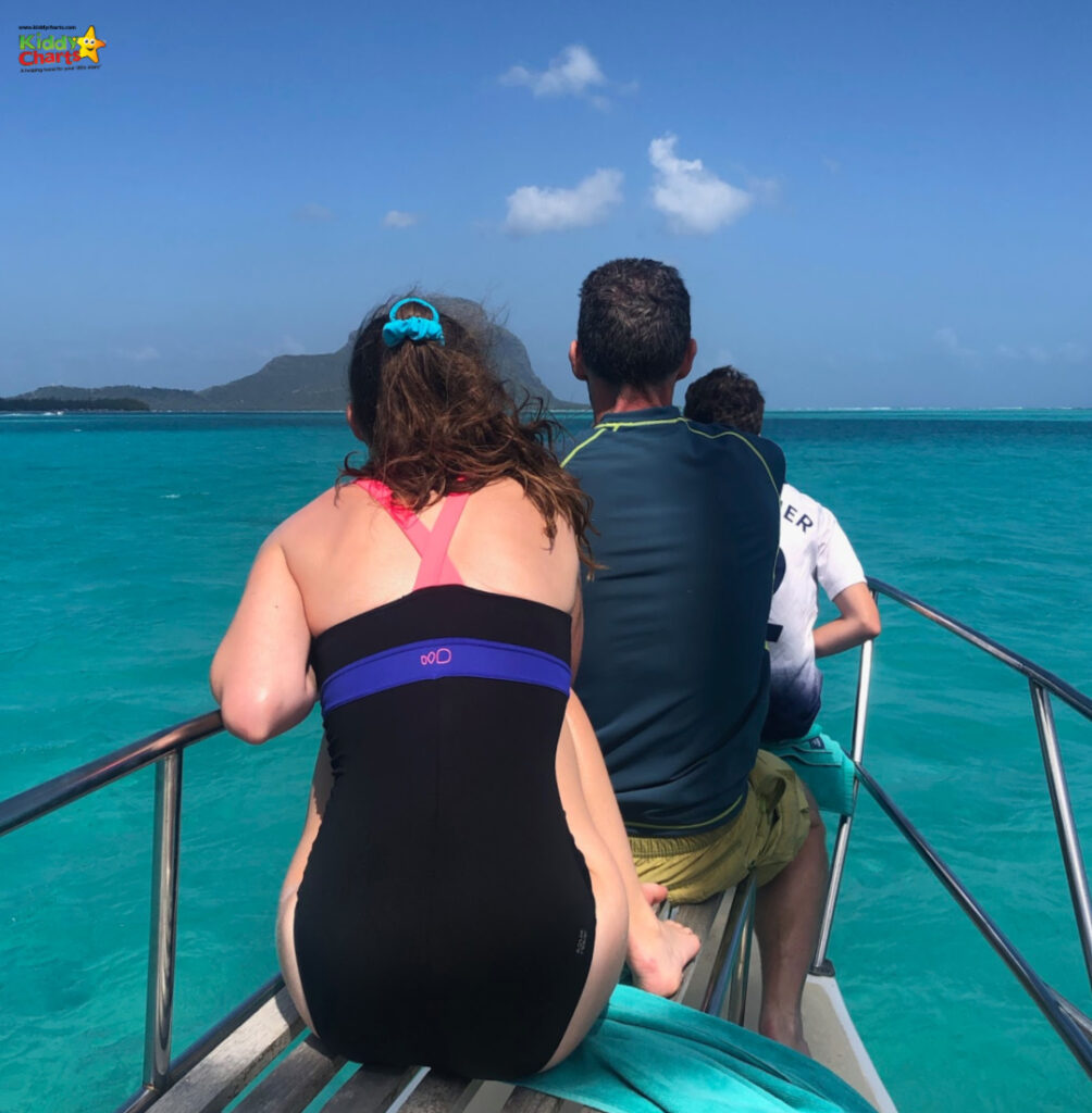 Shandrani resprt review: on a boat at sea.