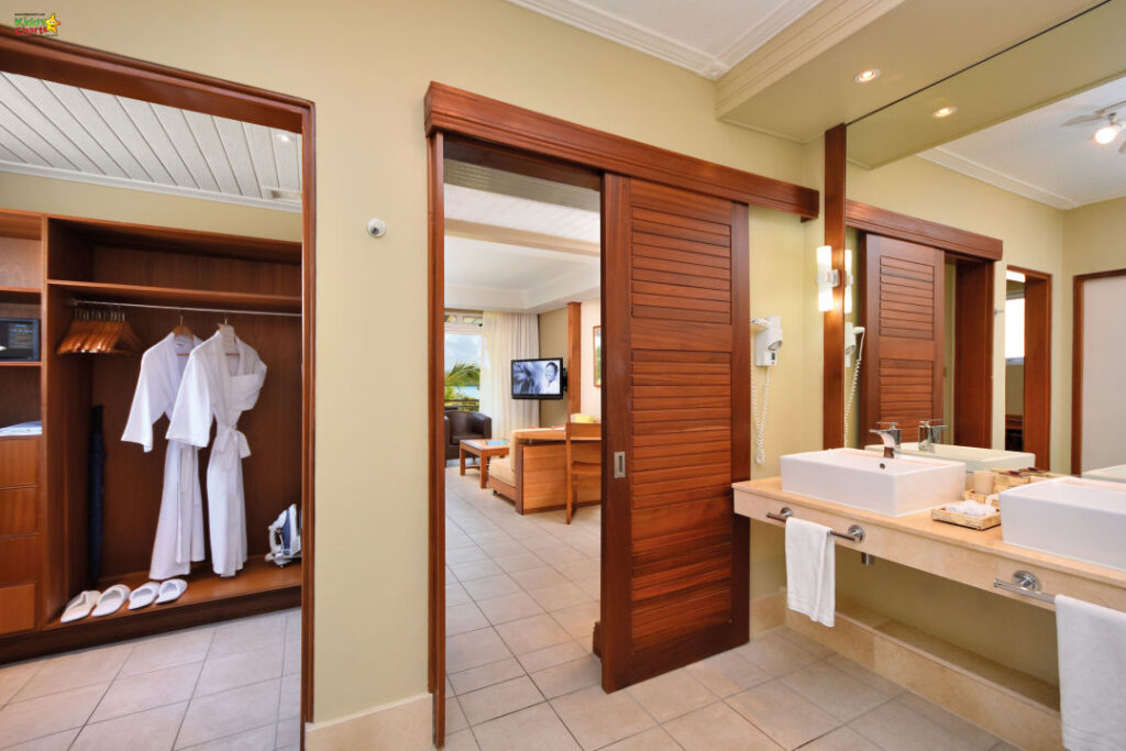 Shandrani resort review: inside our room.