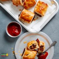 Quick after school snack: Spanish chorizo and mushroom sausage rolls
