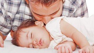Baby sleep problems: As kids arrive, the sleep leaves