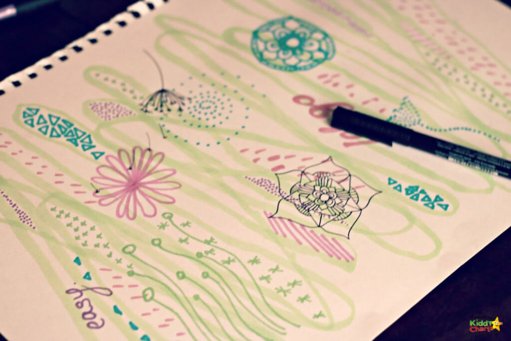 Mindful art activities for children: pen and paper #31DaysOfLearning