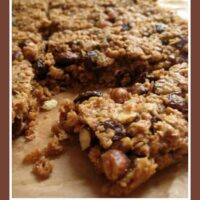 Simple recipes for kids :: choc chip flapjack