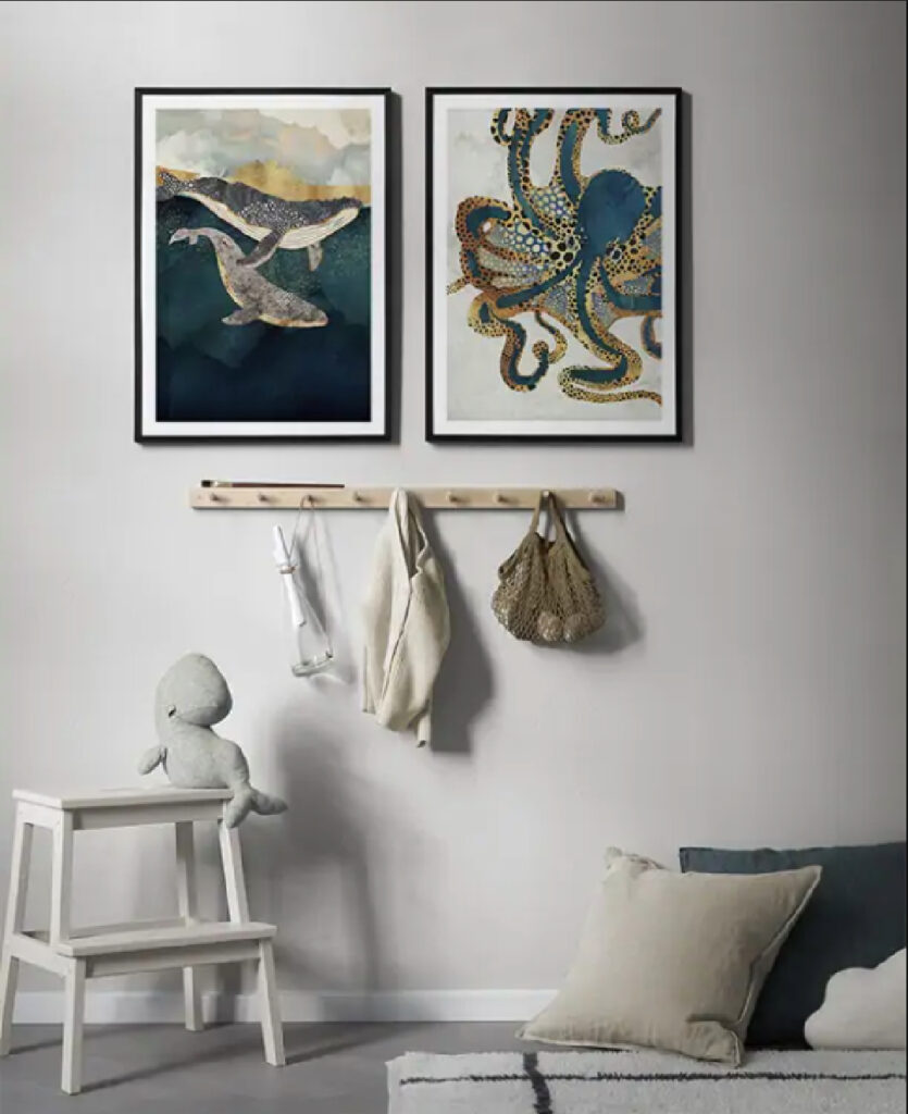 How to create a gallery wall in your kids bedroom