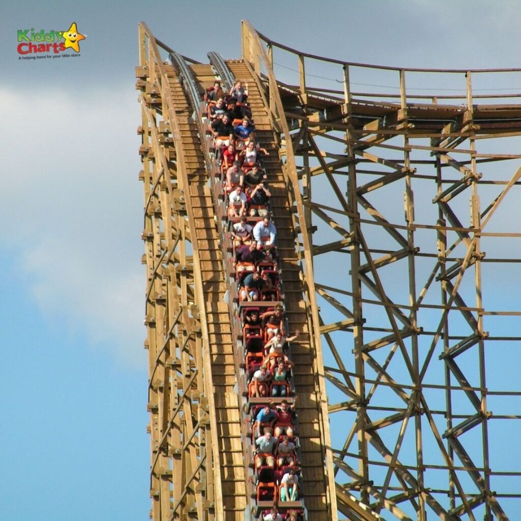Los Angeles roller coasters to enjoy with the kids