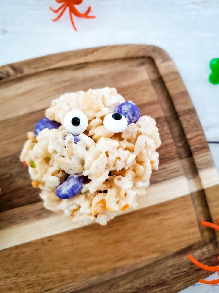 Rice krispie cake monsters