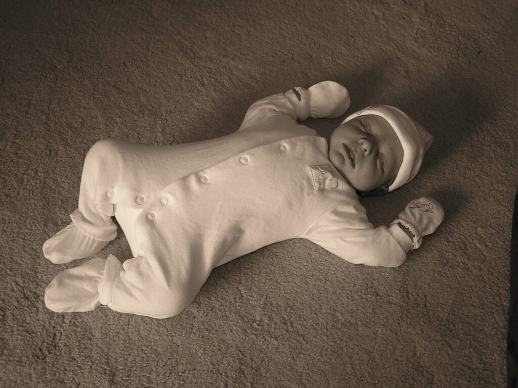 Birth stories; Stuntboy does stop moving...see!
