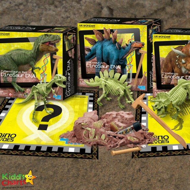 Augmented Reality Dinosaur DNA set