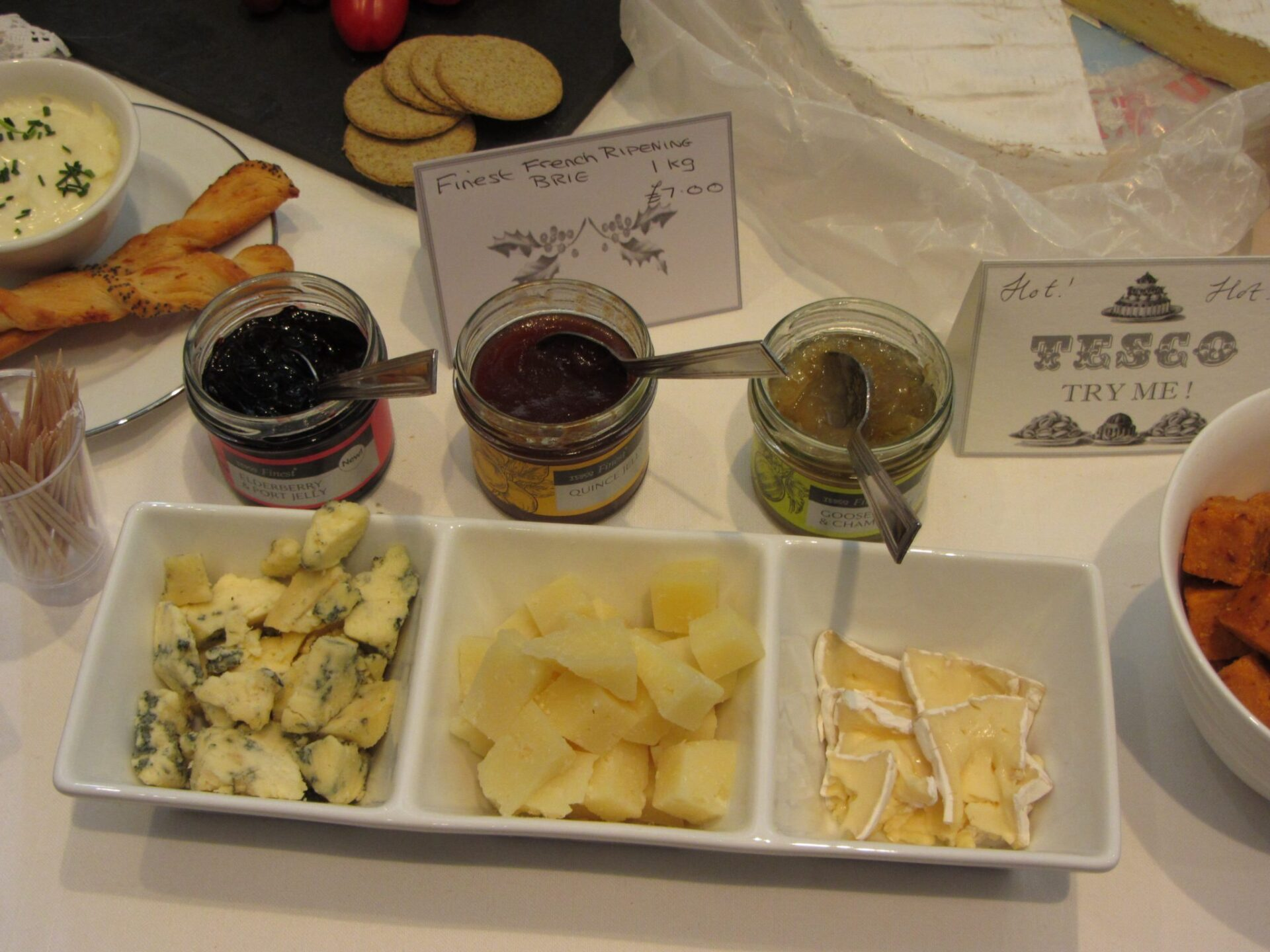 Xmas Gift Ideas for Men: Cheese and Jelly