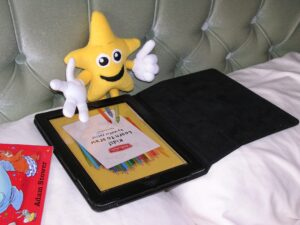 Little Star stars his review of the iPad App Kids Learn to Draw