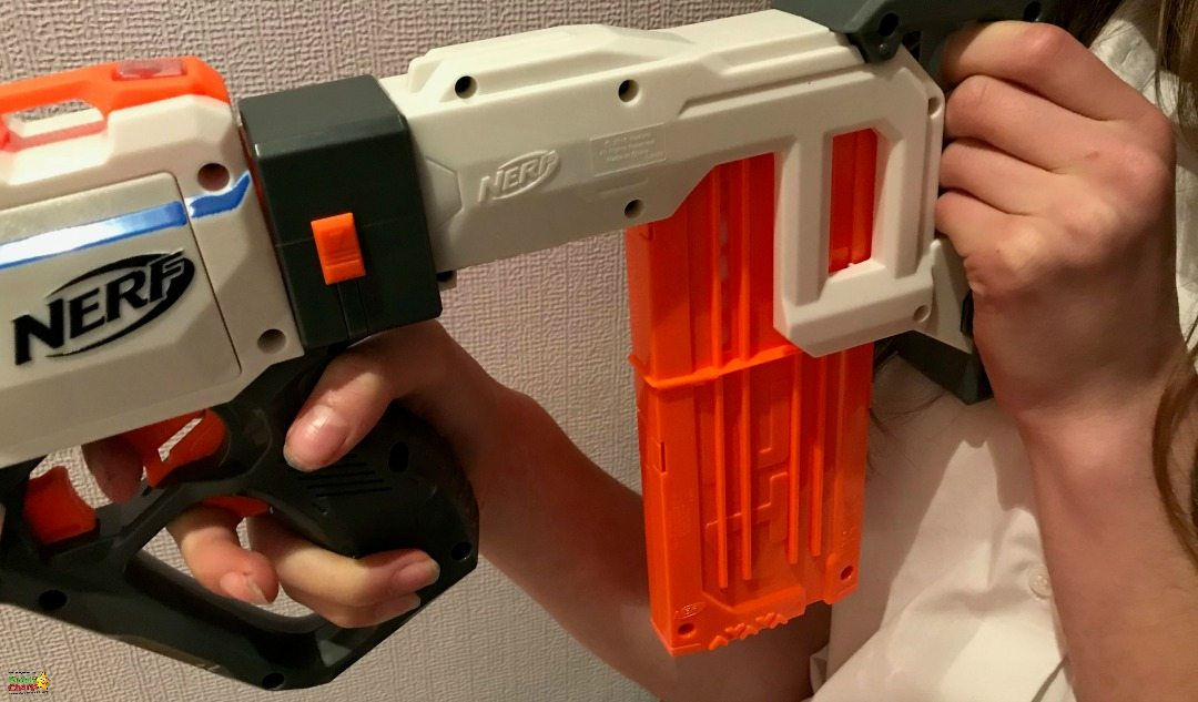 Take note of where the release catches are for the clips on this Nerf Gun - and there is a light too, so you know when your clip is empty.