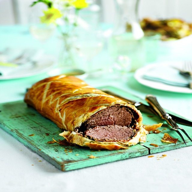 Enjoy this tasty beef wellington recipe. Great for a Sunday roast, or for an impressive dinner!