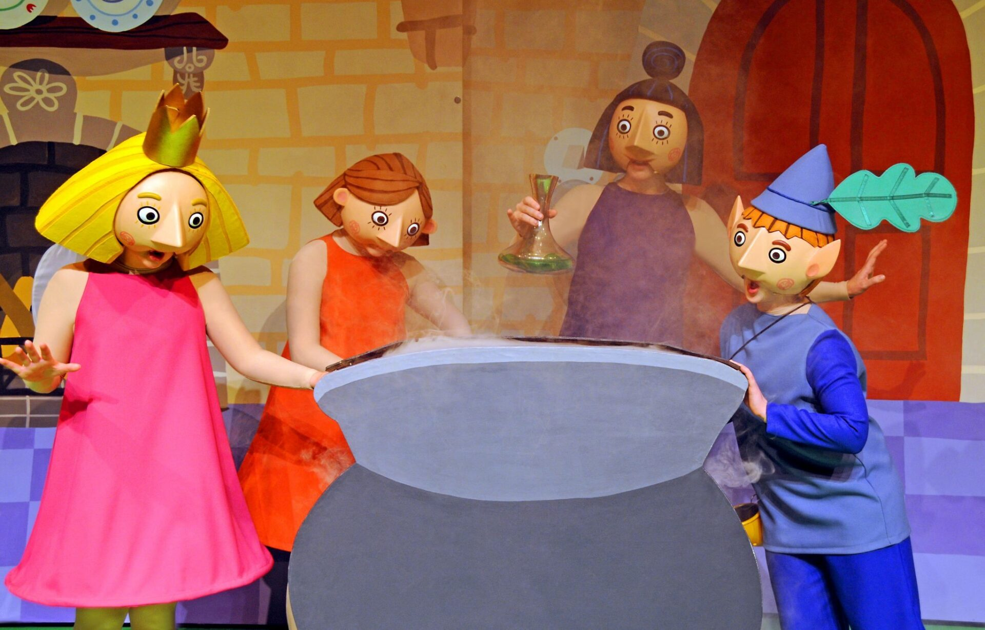 Ben and Holly Live Review: Stirring the potion up...!