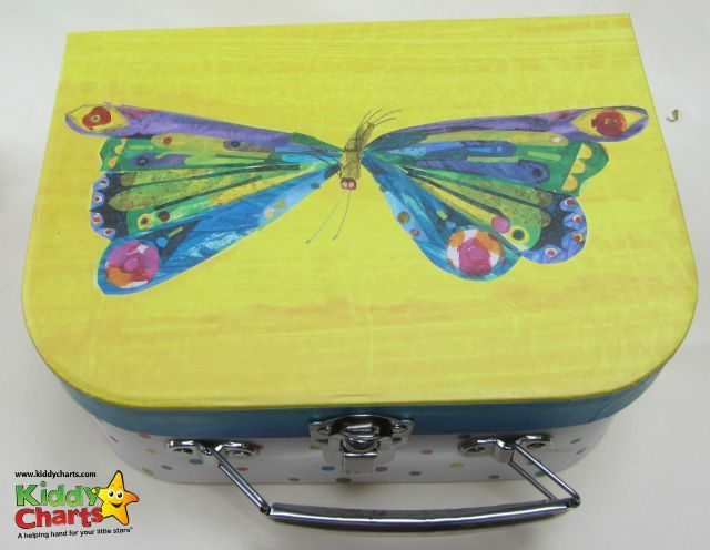 The Jacdo craft kits suitcases are just as gorgeous as the crafts!
