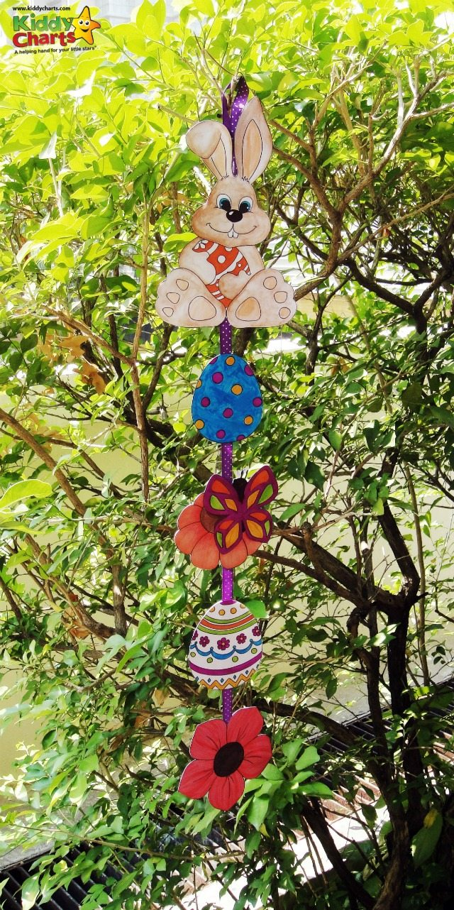 These Easter mobiles are perfect to make for your Easter Egg hunts - so much fun - hang them in the garden or in the house too!