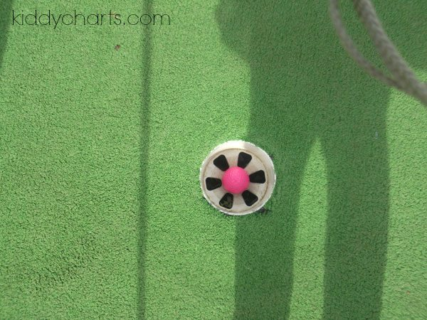 Green Kids Capture the Colour: Chatterbox Golfing
