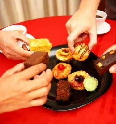 New Year resolutions; Doesn't the cake whisper to you too?