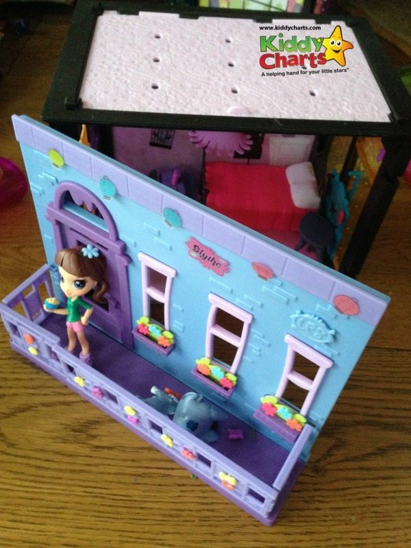LPS Littlest Pet Shop Blythes Bedroom
