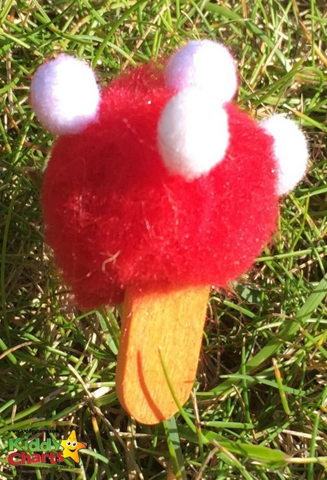 Fairy garden's aren't complete without the obligatory fairy mushrrom - we hope you like our Pom-Pom mushroom for the fairies to sit on!