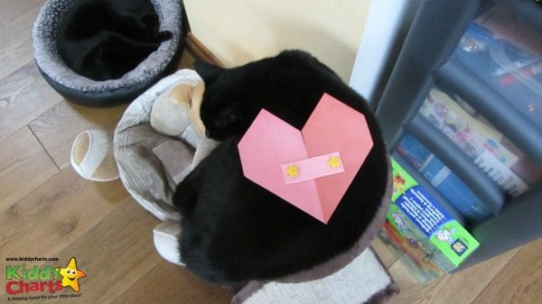 Origami Valentine: For the Cat