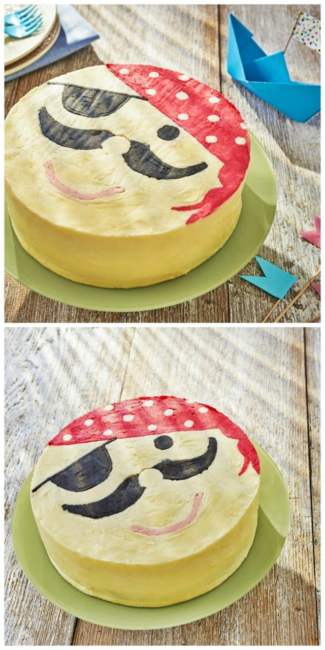 ooooo aaarrrrr me hearties. Be careful with this pirate cake, you don't want to be walking the plank with it! A great idea for any pirate themed party for the kids - and easy to do too. Why not try it out?