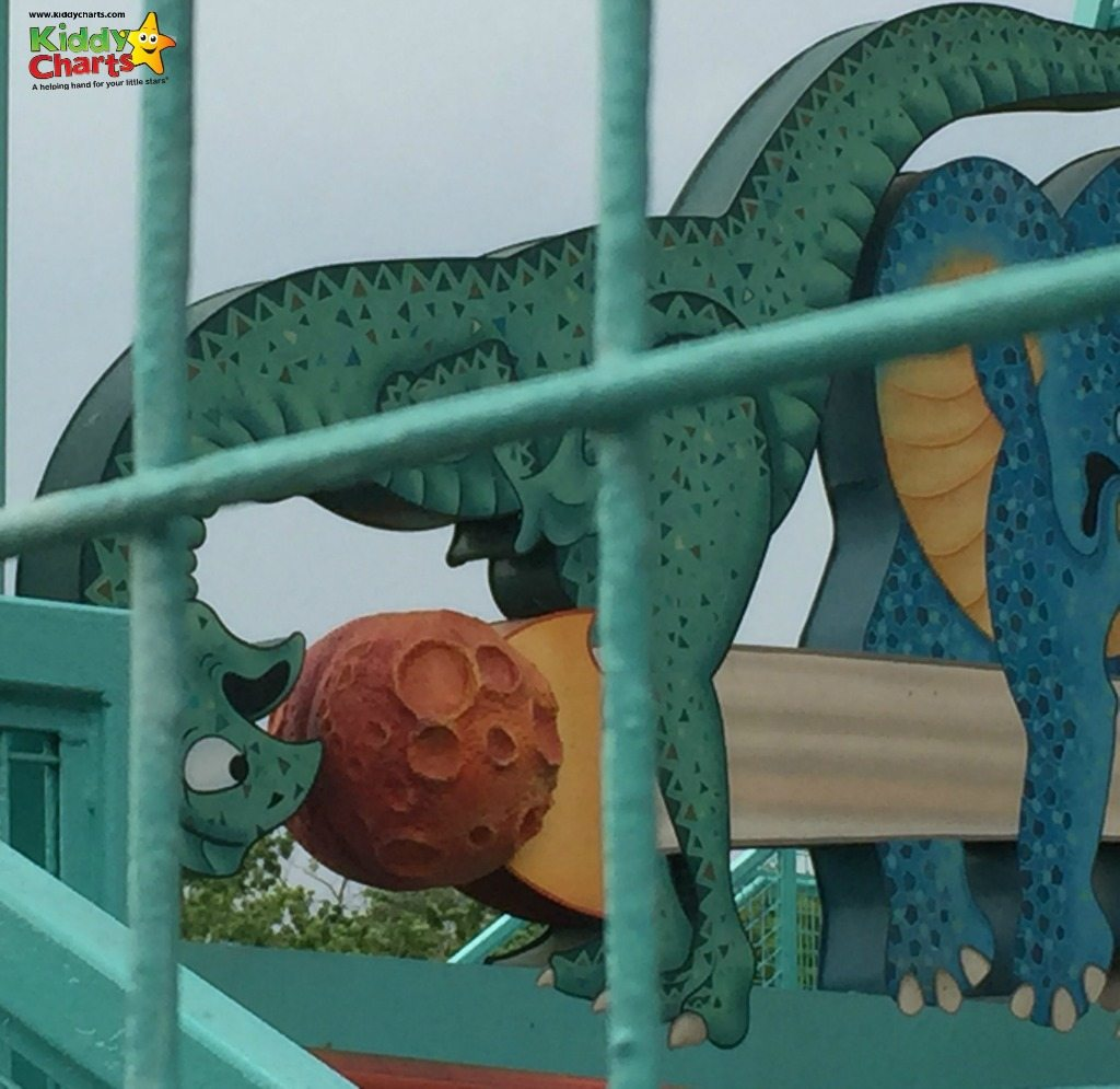 Primeval Whirl has a few of the best hidden mickeys in its meteors - how many can you spot? Check the other hidden mickeys out within our article...can you find more?