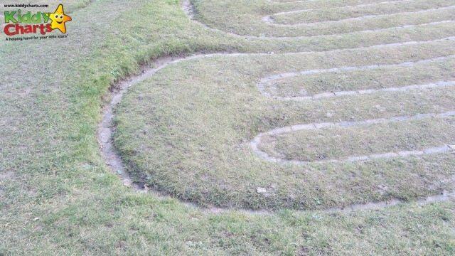 Saffron Walden turf maze twists and turns