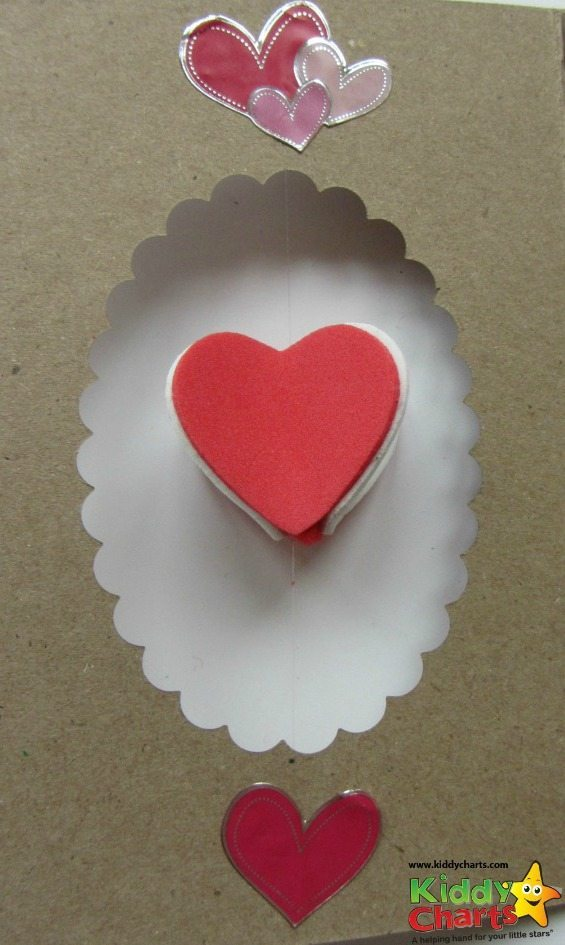 All you need to do is use stickers to stick down the invisible thread for your spinning 3D heart!