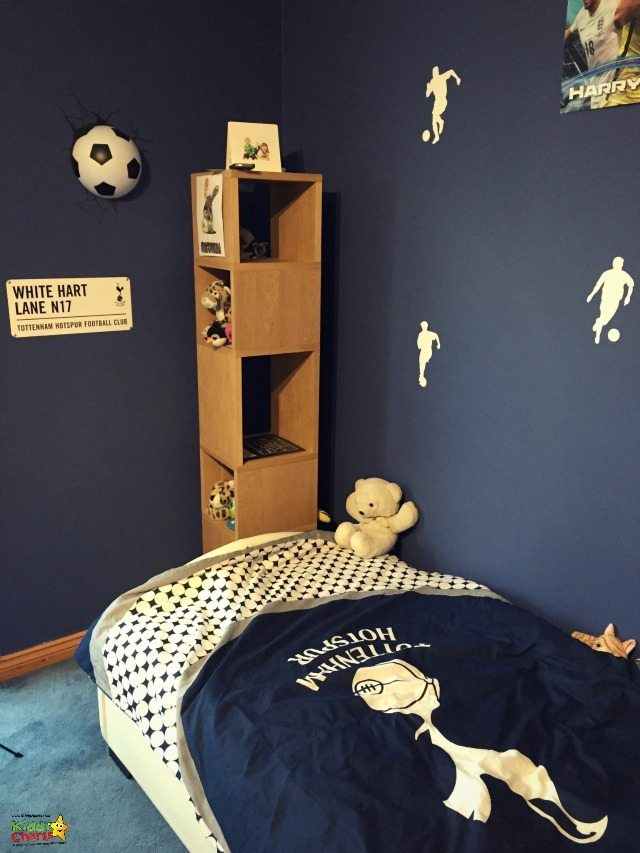 Spurs is very important to my wee boy; can you tell with this view of his Football corner in his Football bedroom. Some great accessories from Wayfair to finish it all off...